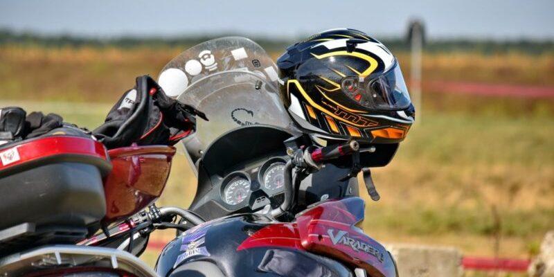 10 luchshih shlemov dlya motocziklov i kvadrocziklov 601e9a6e74c66 800x400 - 10 лучших шлемов для мотоциклов и квадроциклов
