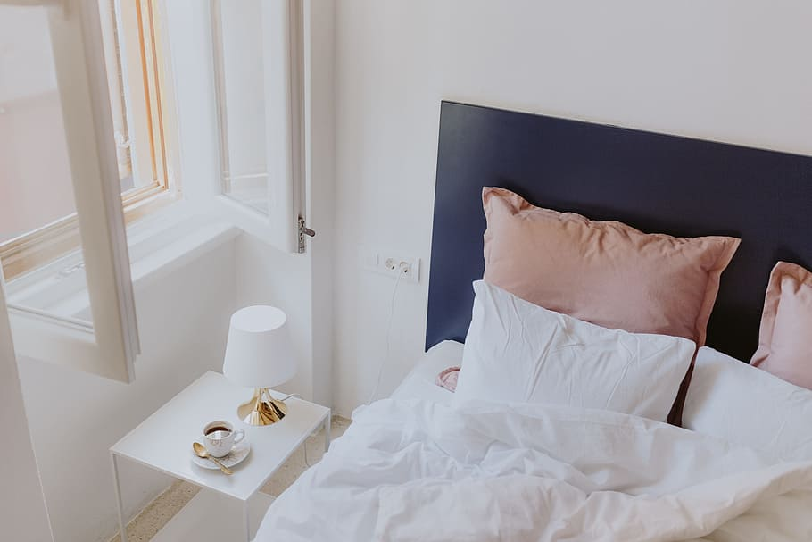 Bedroom Bed Interior Pillows