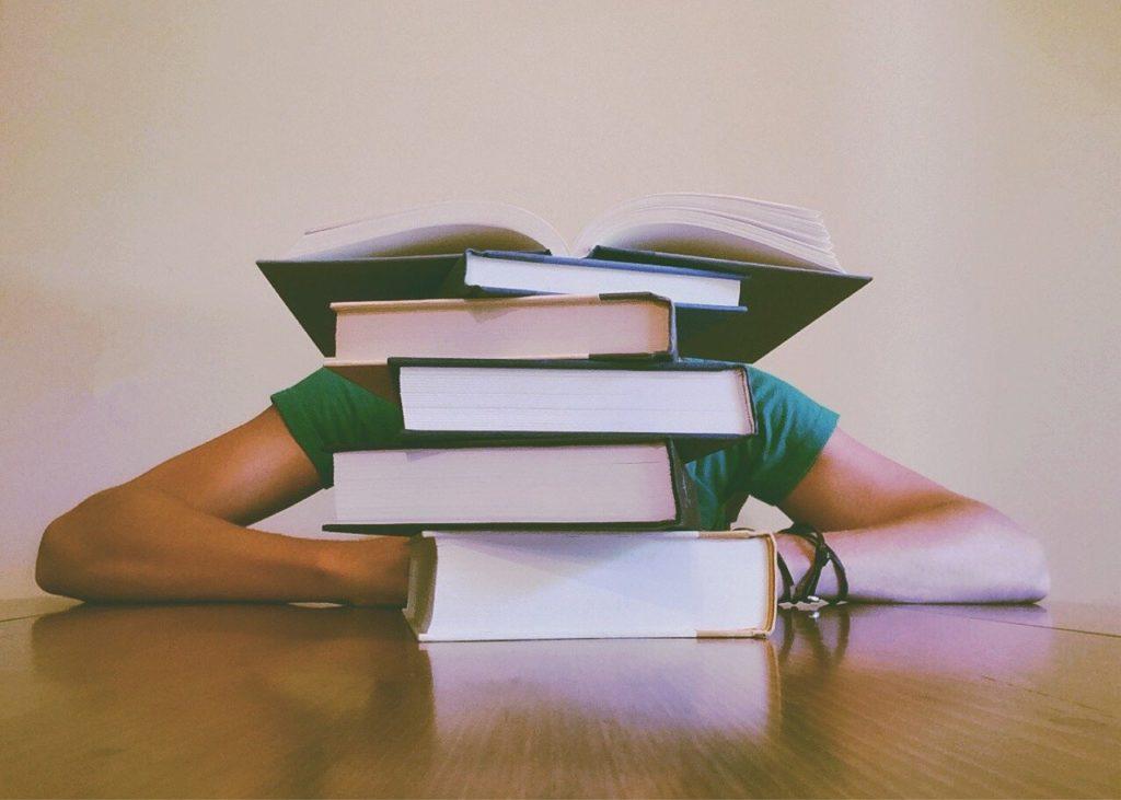 Books 927394 1280 1024x731