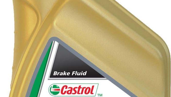 castrol motorcycle brake fluid dot 3 703x400 - Рейтинг-10 лучших тормозных жидкостей: разновидности, какую выбрать, характеристики, отзывы