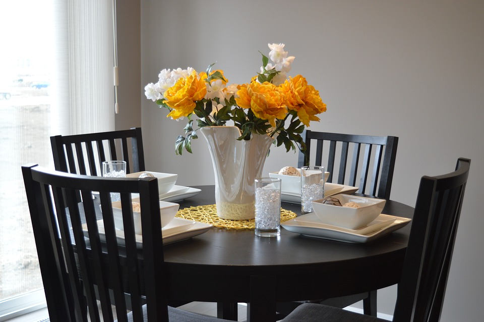 Dining Table 1348717 960 720
