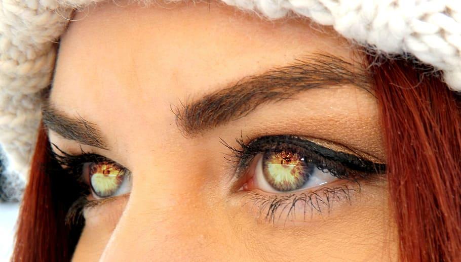 Eye Iris Coloring Vampire
