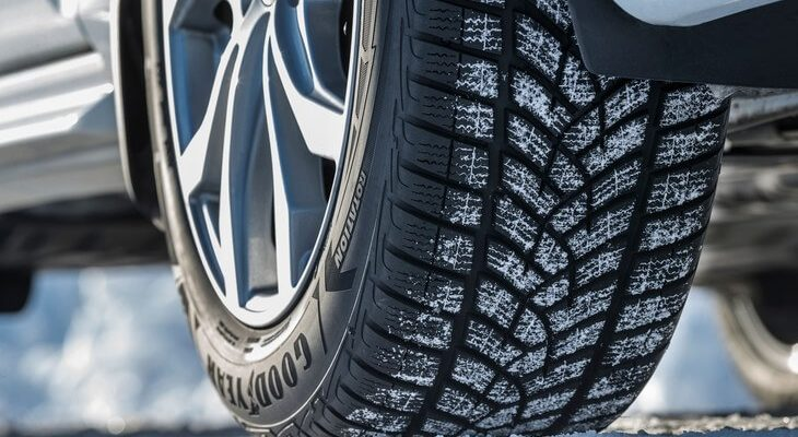 j7hkv 730x400 - ТОП-🏆рейтинг 2021 года лучших зимних шин:  и какую выбрать резину с шипами