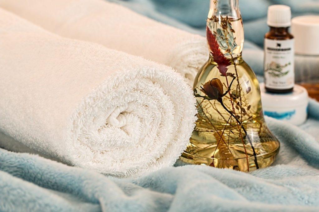 Massage Therapy 1612308 1280 1024x682