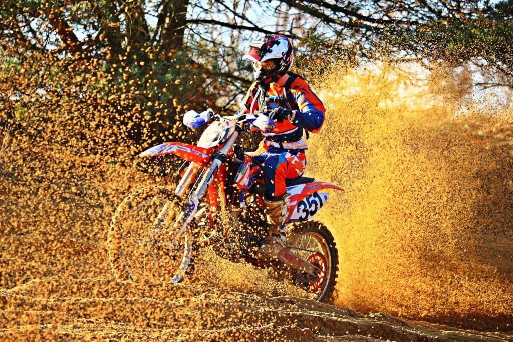 Motocross 3821960 1920 1024x683