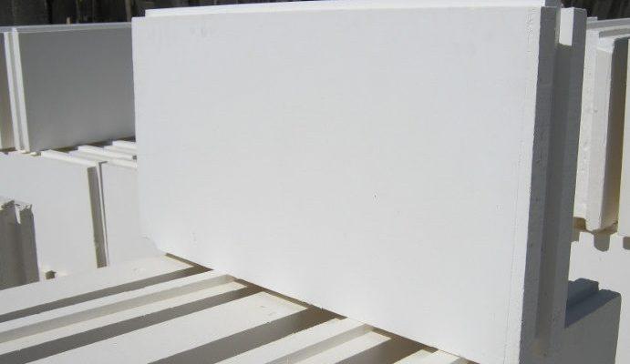 obychnaya e1577638651505 691x400 - 👍Выбираем лучших производителей пазогребневых плит на 2021 год