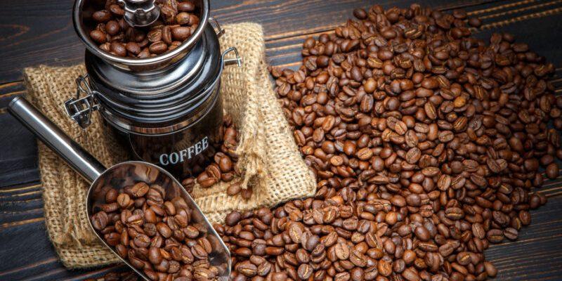 vkusnyj kofe v zernah rejting luchshih marok zernovogo kofe po sootnosheniyu czena kachestvo 601baaea0a3fd 800x400 - Вкусный кофе в зернах: рейтинг лучших марок зернового кофе по соотношению цена/качество