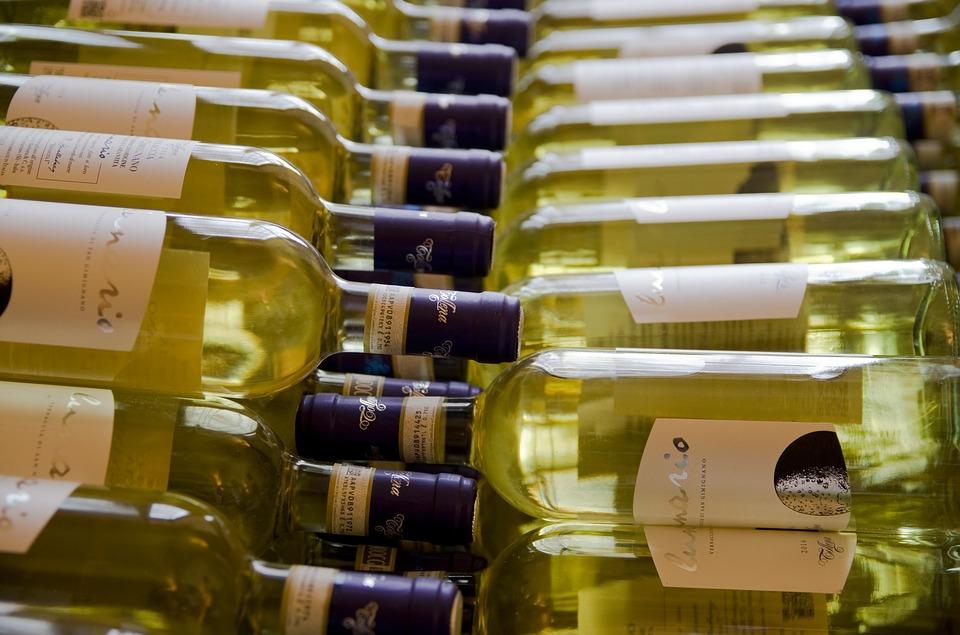 Wine Bottles 2640446 960 720